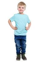 Kind kleiner Junge blond Ganzkörper Portrait Porträt isoliert Freisteller freigestellt