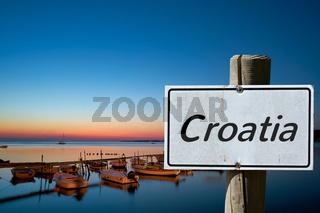 Schild mit der Aufschrift Croatia