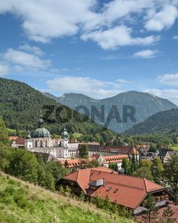 der Ort Ettal mit seinem beruehmten Kloster,Oberbayern,Deutschland