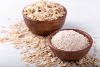 Oat flour and flakes