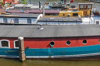 Long House Boats