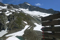 Wanderwegs-Schilder an der Lenkjöchlhütte, Ahrntal, Südtirol
