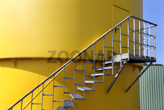Treppe Industrietank