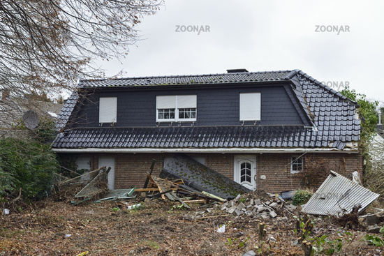 zerplatzte Träume... Kerpen Manheim *Nordrhein-Westfalen* nach der Räumung für die Braunkohle