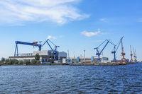 Warnow Werft im Hafen von Rostock Warnemünde