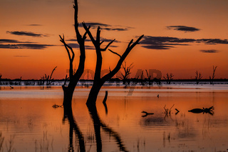 Dusk skies over the magnificent Menindee Lake