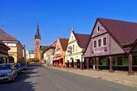 Vrchlabi Hauptstraße im Riesengebirge - Vrchlabi main street in Giant  Mountains in Bohemia