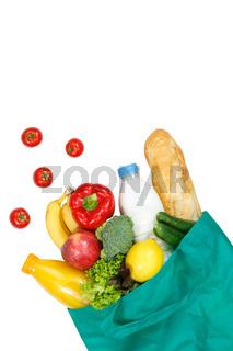 Einkauf Lebensmittel einkaufen Früchte Obst und Gemüse Hochformat Textfreiraum Copyspace freigestellt Freisteller isoliert