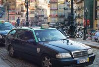Taxi cab waiting passengers Porto