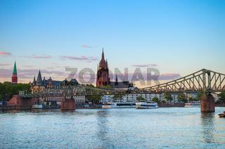 Frankfurt Cathedral cityscape river bridge