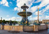 Parisian Fountain de Mers