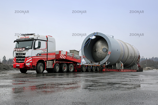 Exceptional Load of a Silo