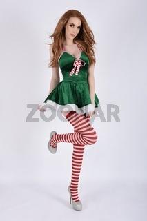 Vollbusige Rothaarige, sexy Weihnachtself mit grossen Brusten