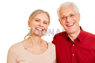 Glückliches Paar Senioren lächelt
