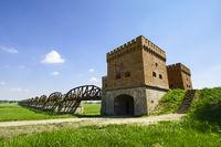 Ruinen der ehemaligen ElbbrŸücke Dšömitz, Niedersachsen, Deutschland