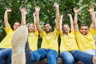 Erfolgreiches Studenten Start-Up Team freut sich