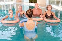 Gesundes Rückentraining mit Wassergymnastik