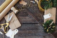 Geschenke zu Weihnachten verpacken