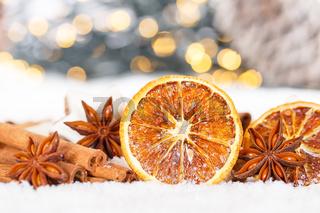 Weihnachten Weihnachtsdeko Weihnachtsdekoration Orange Dekoration Winter Schnee