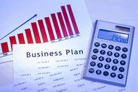 Business Plan mit Tabellen und Diagramm