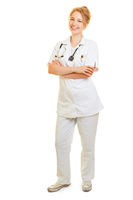 Frau vom ambulanten Pflegedienst als Krankenpfleger