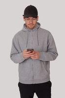 Mann mit Mobiltelefon