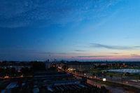 Berlin City mit Himmel und Fernsehturm bei Nacht
