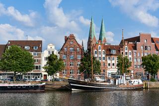 Schiffe im Museumshafen Lübeck, Deutschland