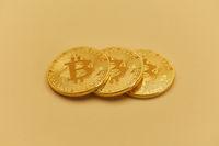 Bitcoin Münzen Hintergrund als Kryptowährung Konzept