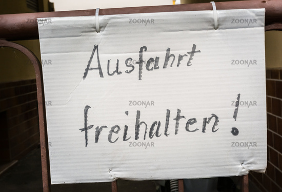 Ausfahrt Freihalten German Hand Written Notice Sign Paper Gate Fastened Traffic Driveway Entrance