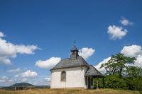 Mater-Dolorosa-Kapelle auf der Kuppe der Kleinen Kalmit