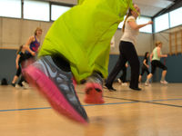 Gymnastik und Sportclub bietet Zumba.