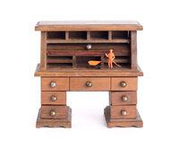 Small vintage desk - Clean desk policy