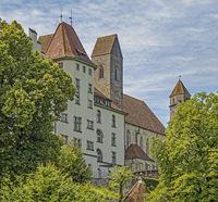 Grundschule Herrenberg und Stadtpfarrkirche Rapperswil, Schweiz
