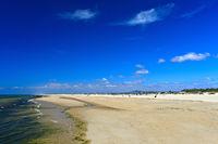Breiter Sandstrand auf der Tavira Insel