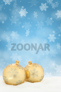 Weihnachten Gold Weihnachtskugeln Dekoration Hochformat Winter Schneeflocken Schnee