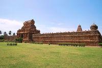 Rajarajan Tiruvasal and protecting wall, Brihadisvara Temple, Tanjore, Tamil Nadu. Vew from East