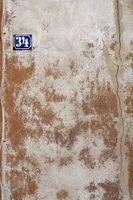 Hausnummer an Vintagefassade