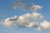 Himmel mit rauhen Wolken