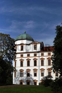 Blick vom Schlosspark auf Schloss Celle