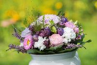 Sommerlicher Blumenstrauß
