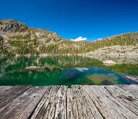 Lake Haiyaha, Rocky Mountains, Colorado, USA.
