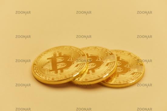 Foto Bitcoin Münzen Als Internet Währung Konzept Bild 12371079