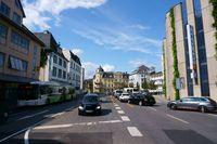 Straßenverkehr in der Innenstadt von Gießen