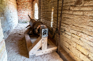 Gate lifting mechanism at the medieval fortress