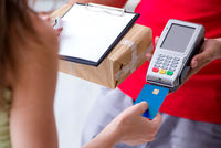 Parcel delivery being paid with pos and credit card