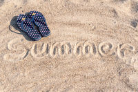 Flipflops with the word summer