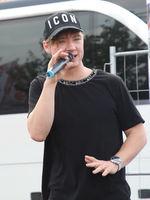 Heiko Lochmann vom Duo Die Lochis bei ihrer Selfie-Tour am 03.09.2018 in Magdeburg
