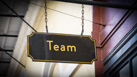 Street Sign to Team