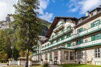 Historic hotel on Lake Braies